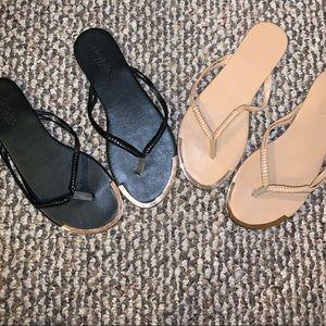 2 pair Flip Flop Sandals